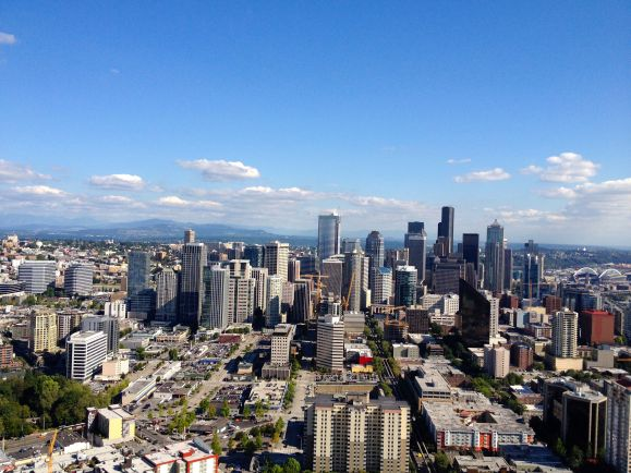 Daytime-View-from-Space-Needle