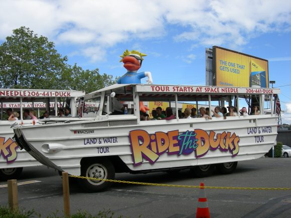 Ride_the_Ducks_03