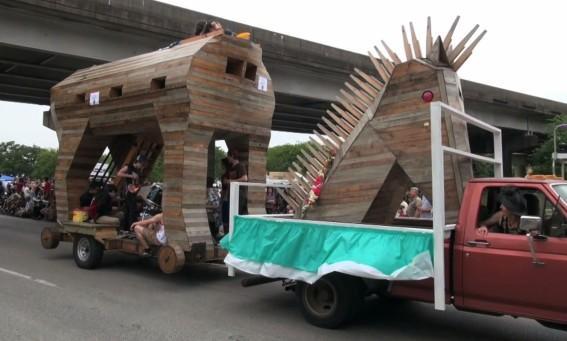 Art Car Parade 2015-93
