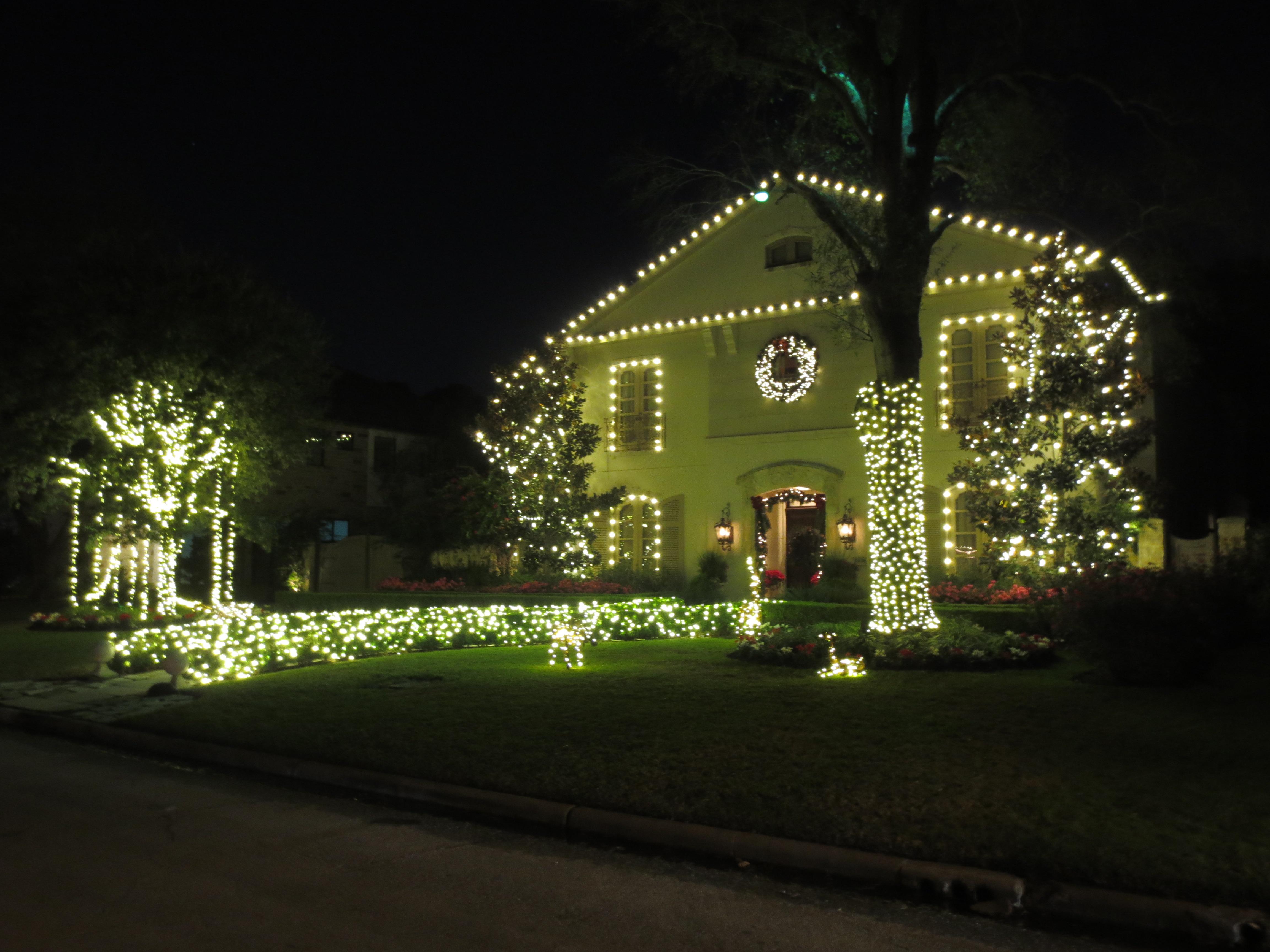 Tanglewood Xmas Lights – 2015 | Paul Michaels
