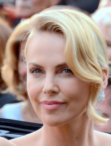 Charlize_Theron_Cannes_2015_6