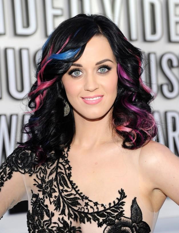 katy-perry-mtv-awards-hair-2010-billboard-1240-784x1024