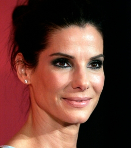Sandra_Bullock_in_July_2013