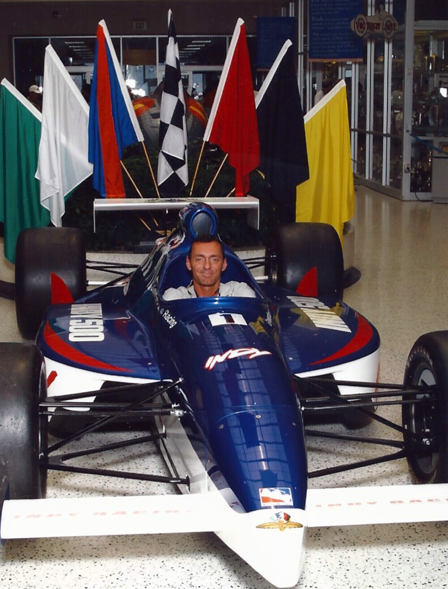 indy-car-museum-1b
