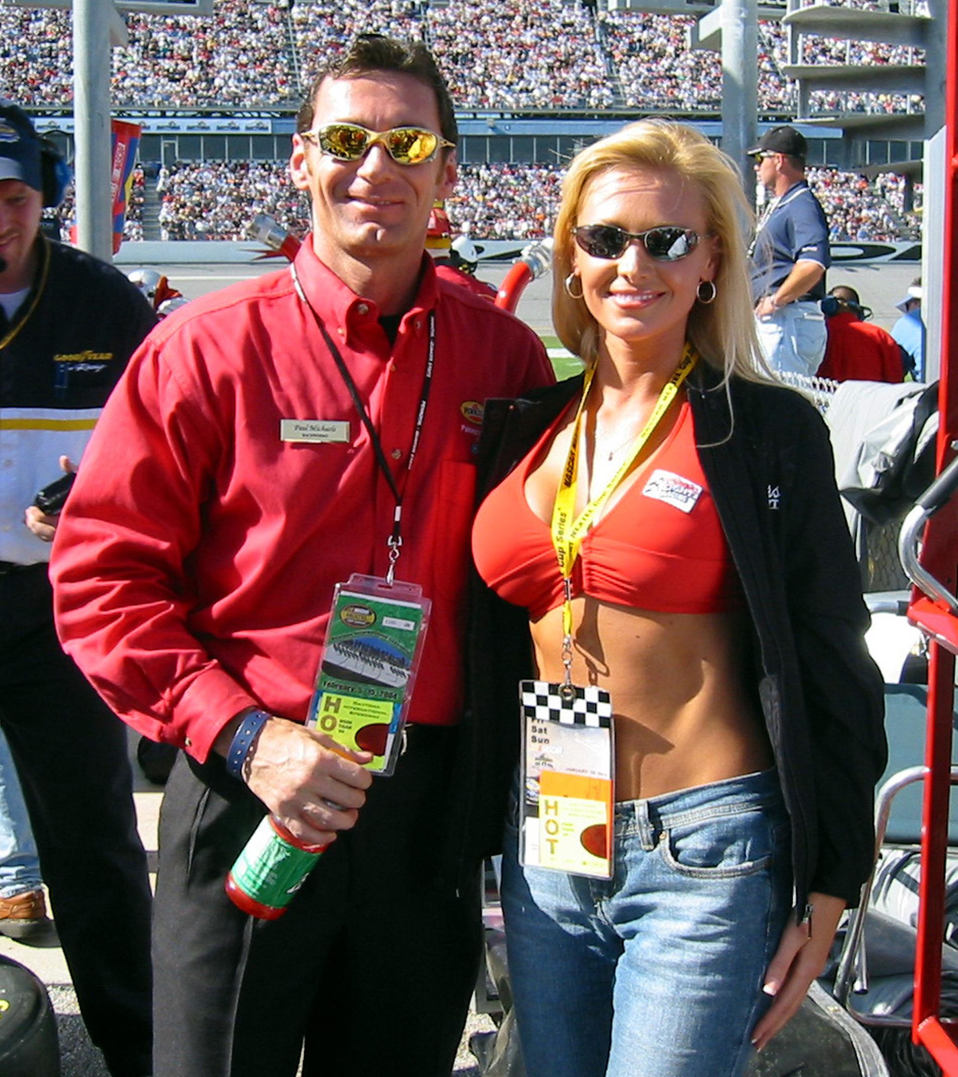 Jennifer @ Daytona 500 8x10